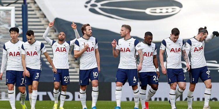 Spurs Kembali Ikut Persaingan Papan Atas Liga Primer 11